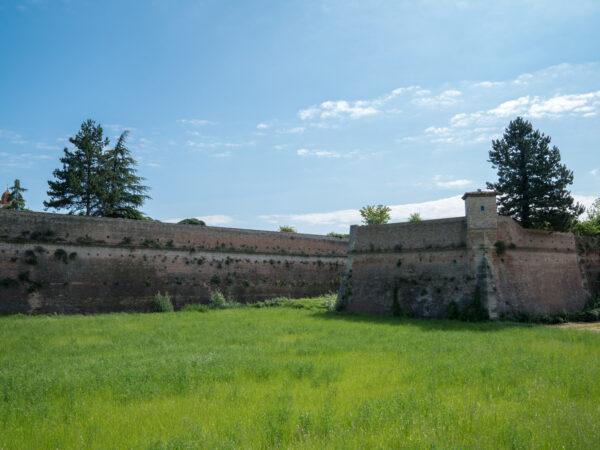 Le mura e i bastioni di Terra del Sole